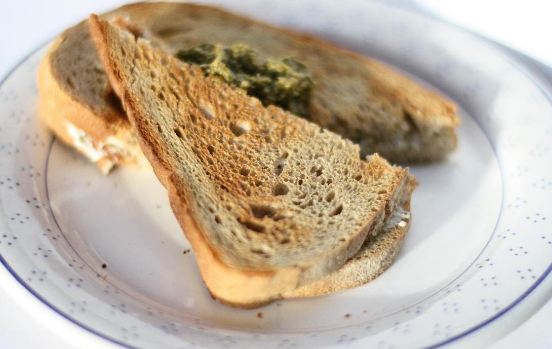 Voedselverspilling_oud brood opmaken